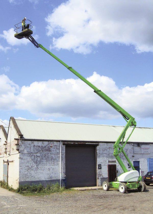 Nacelle élévatrice à bras articulés de 21 mètres de levage et 2 personnes